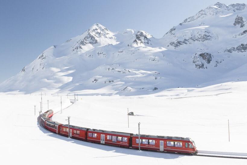 Bernina Express - kolej panoramiczna w Szwajcarii