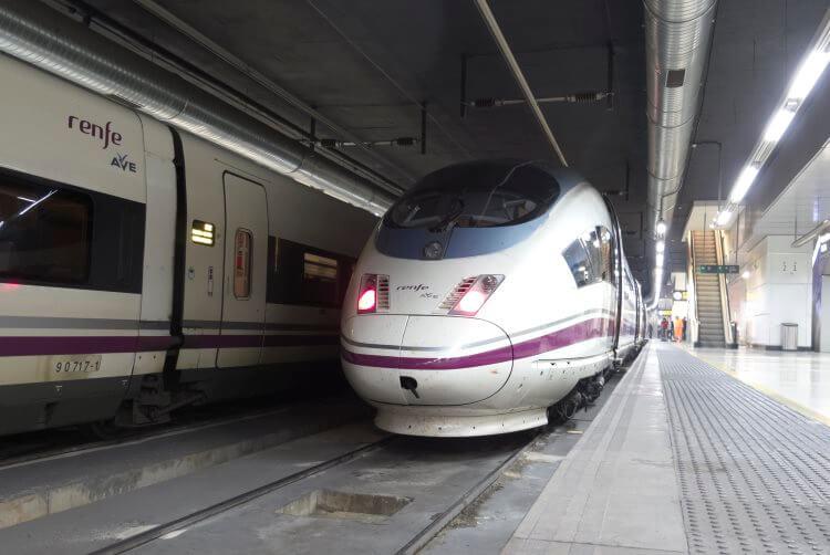 RENFE - połączenia kolejowe w Hiszpanii