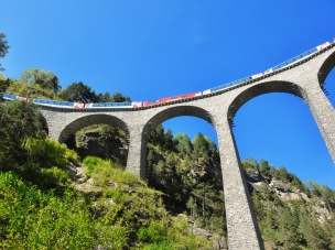 Glacier Express - Panoramic railway across the Alps