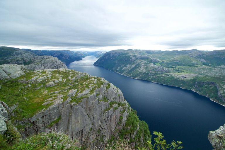 Pociągi w Norwegii
