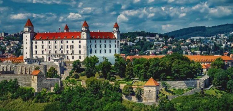 Братислава - дешёвые ж/д билеты