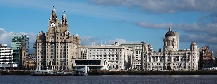 Liverpool - tanie przejazdy autokarem